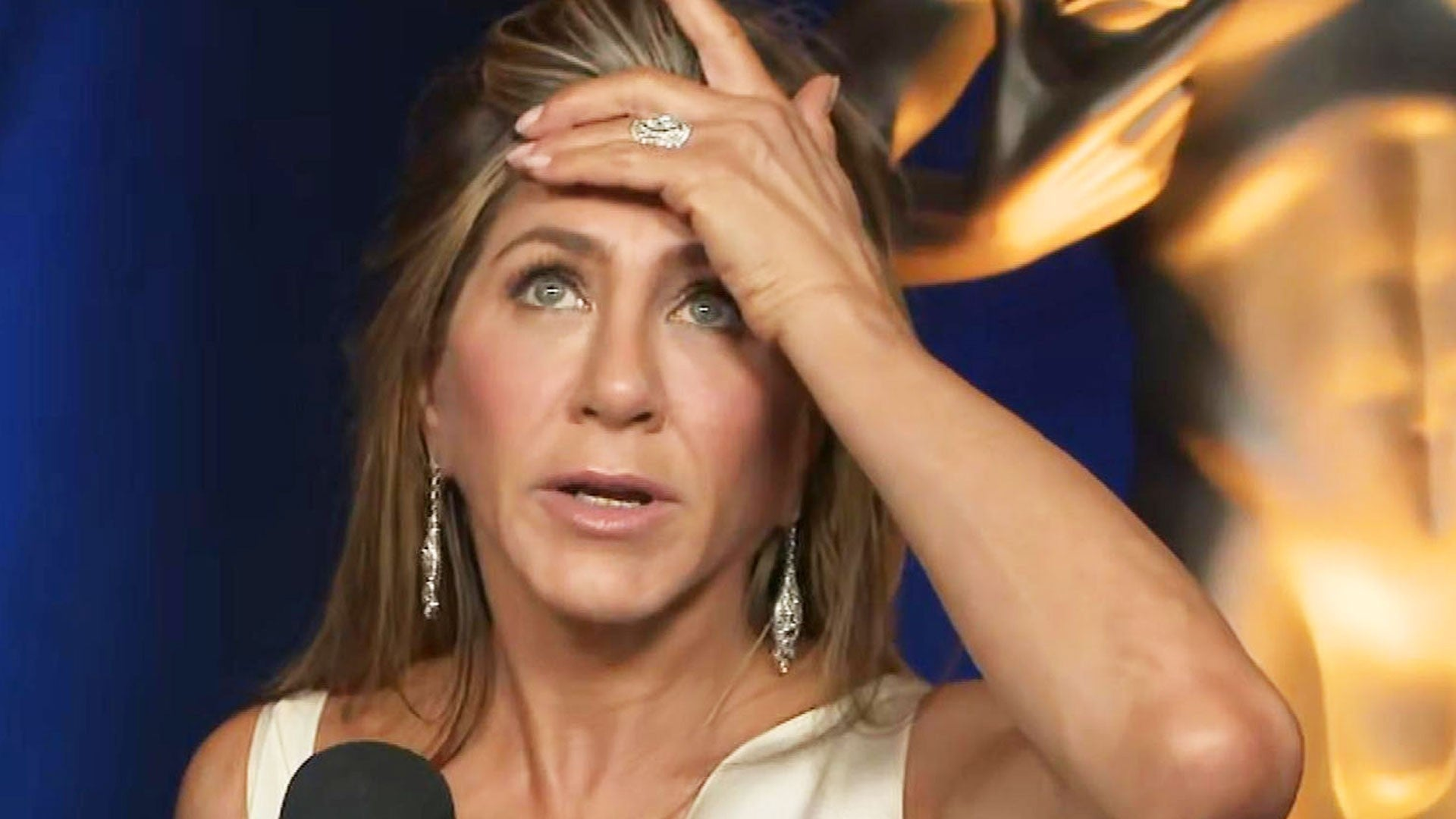 Jennifer Aniston On Speculation Over Her And Brad Pitt This Awards Season Entertainment Tonight