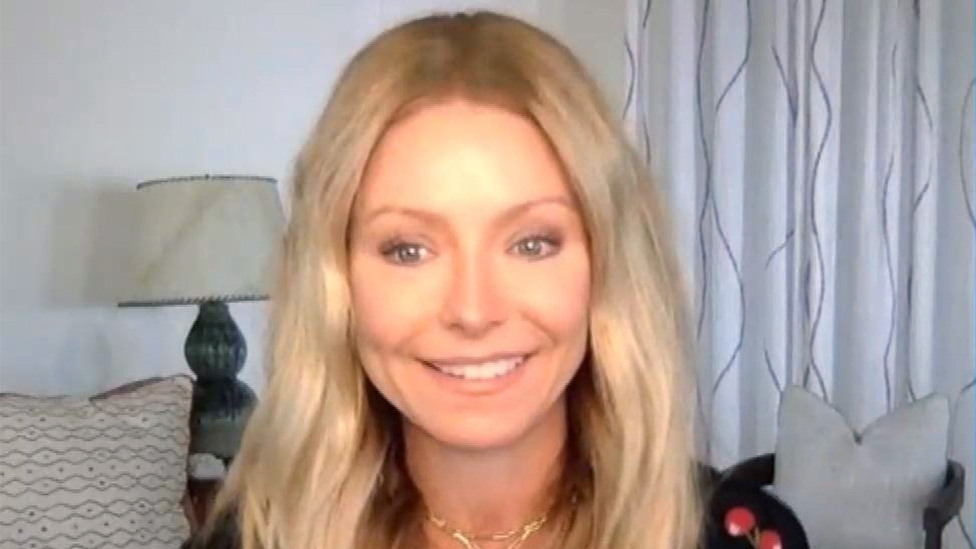 Kelly Ripa Tears Up Over Tension With Her Kids and Not Seeing Her ...