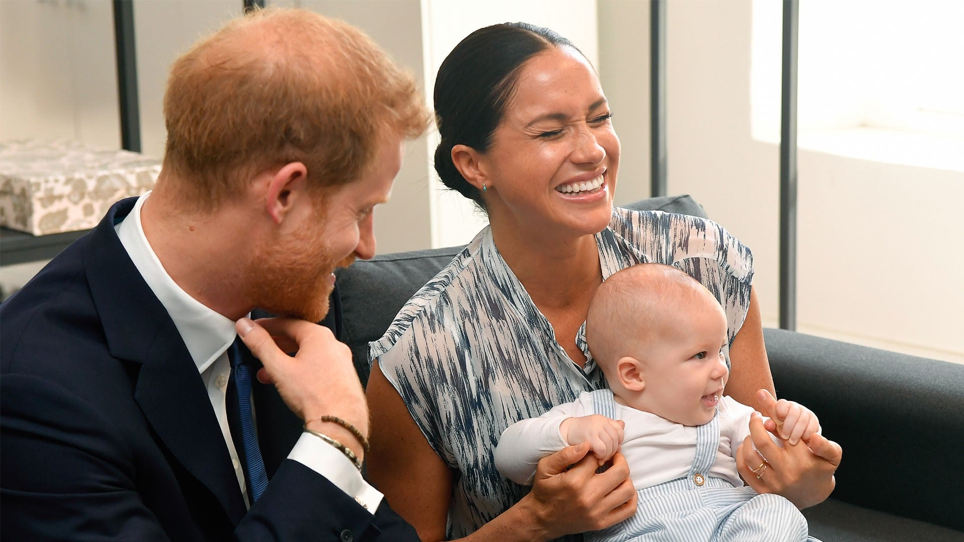 meghan markle on feminist husband prince harry setting a beautiful example for archie entertainment tonight meghan markle and prince harry s son archie turns 1 looking back at his cutest moments