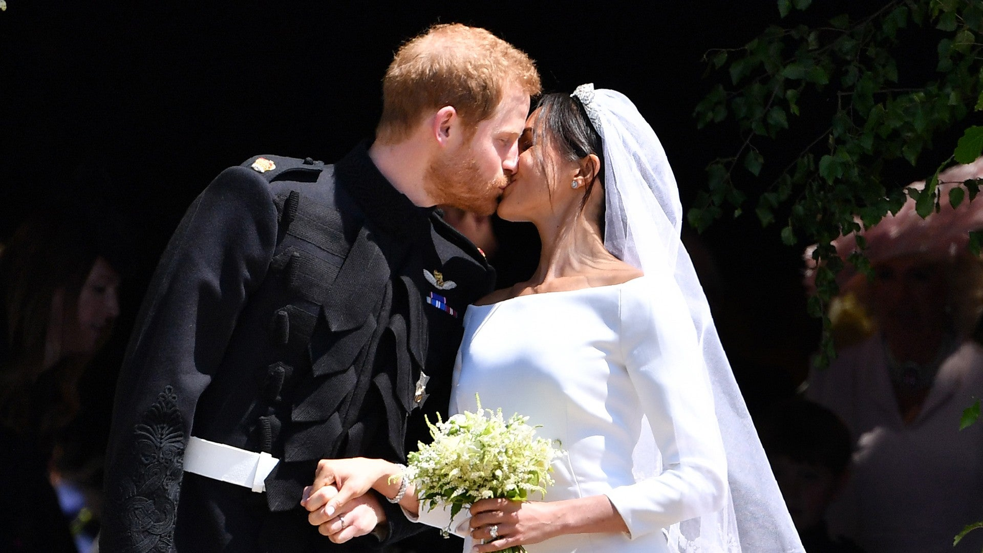 Meghan Markle and Prince Harry 'Reflecting' Amid 2-Year Anniversary: How  They've Gotten 'Even Closer'   Entertainment Tonight