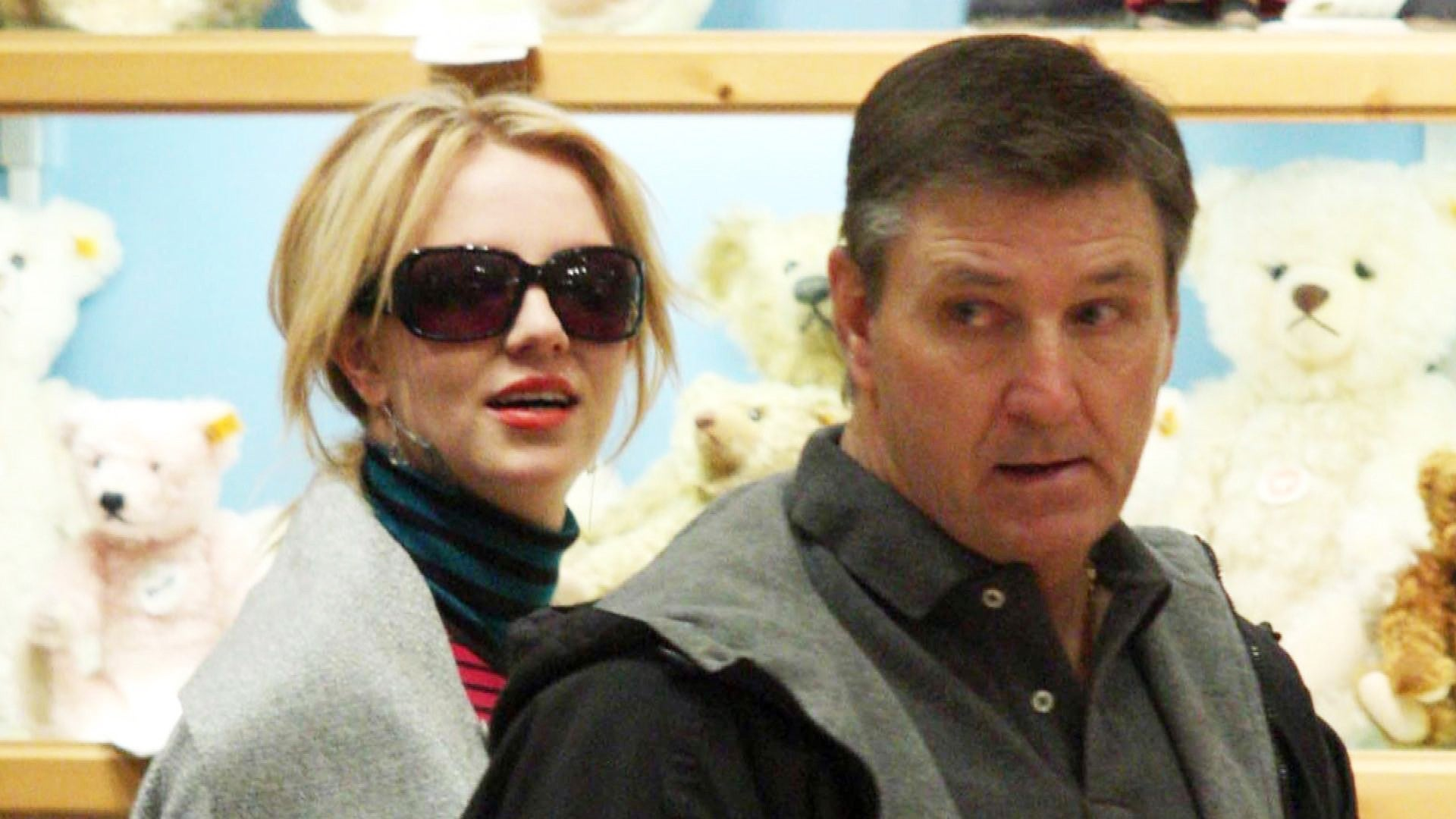 Britney Spears Doesn T Share Dad Jamie S Vision Of Her Continuing To Perform Court Docs State Entertainment Tonight