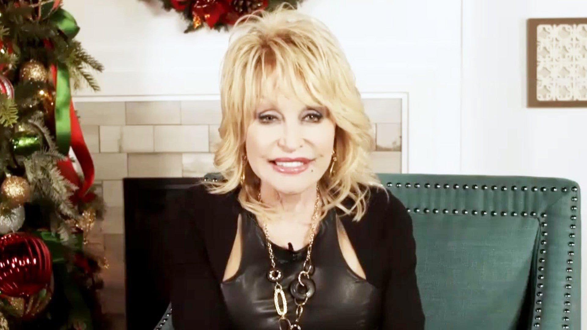 Dolly Parton Opens Up About Her Husband Carl Dean And How Some People Don T Think He Exists Exclusive Entertainment Tonight