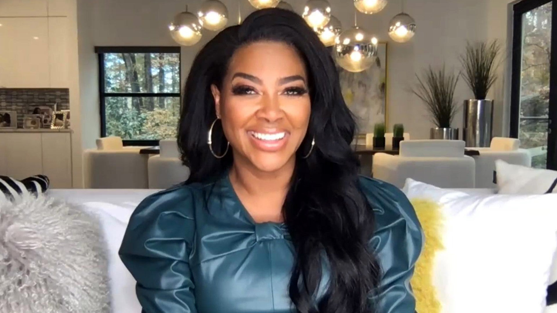 Rhoa S Kenya Moore On Stripper Gate Her Separation And Embracing Her Covid Curves Exclusive Entertainment Tonight